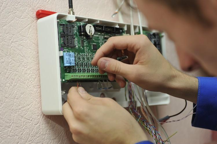 Охранно-пожарные сигнализации и системы видеонаблюдения