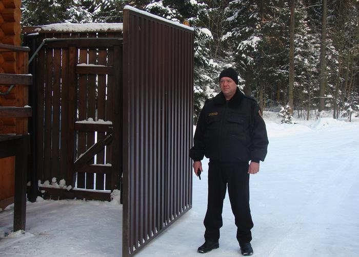 Охрана дачи в Москве и Подмосковье